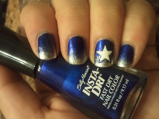 B r a t t y l a c q u e r dallas cowboys dallas cowboys i need to stop forgetting how easy and fun gradients are for this design i used sally hansen co bolt blue sally hansen celeb city and prinsesfo Images