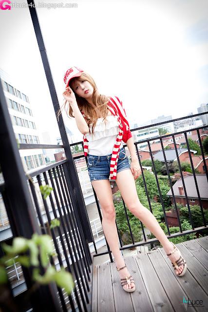 Heo-Yun-Mi-Red-White-and-Blue-18-very cute asian girl-girlcute4u.blogspot.com.