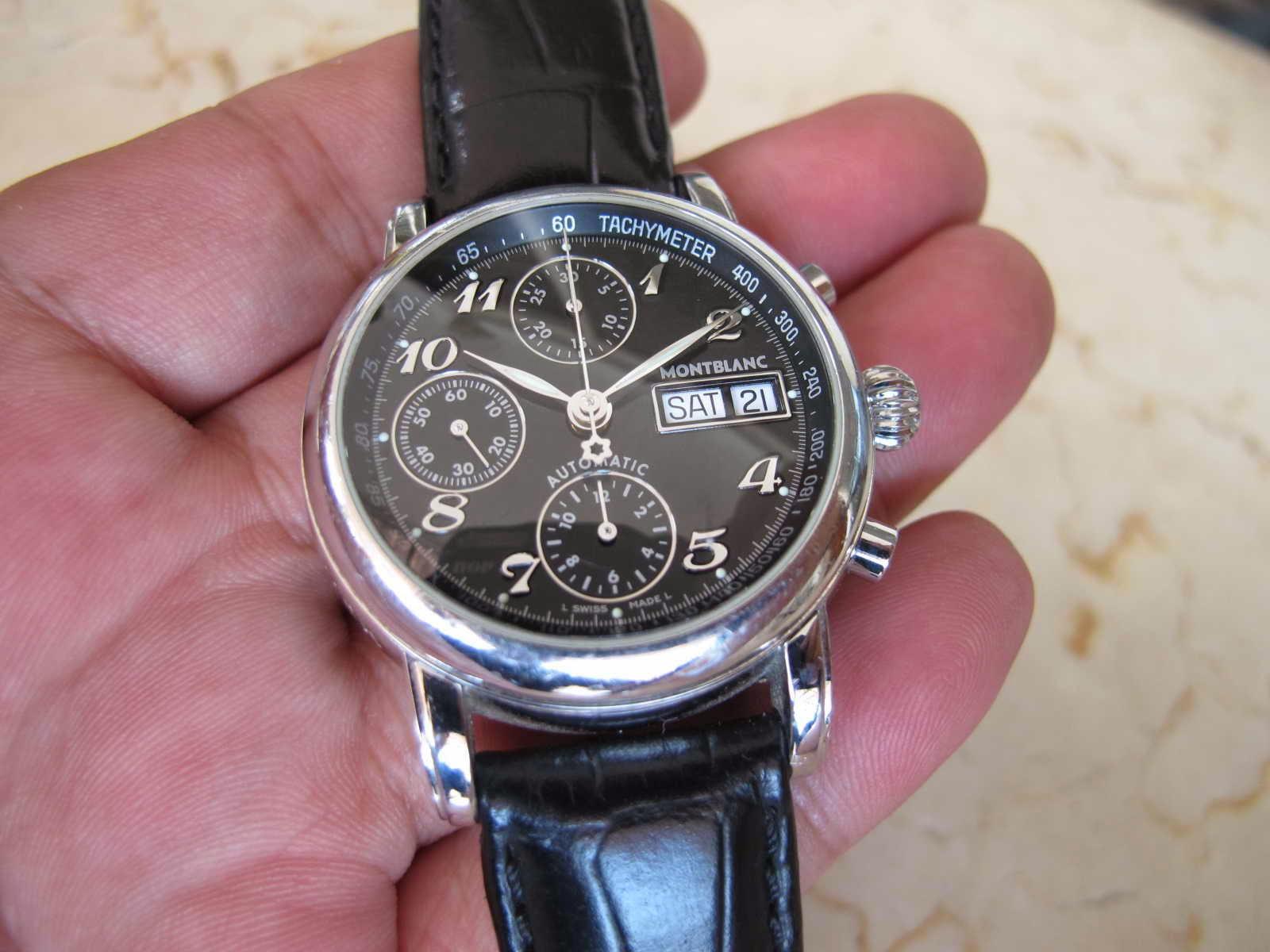 Cocok untuk Anda yang sedang mencari jam tangan Swiss Chronograph Automatic dengan diameter pas di tangan MONTBLANC MEISTERSTUCK