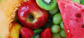 Για εσάς που τρώτε φρούτα: 5 έξυπνα κόλπα για να τα καθαρίσετε