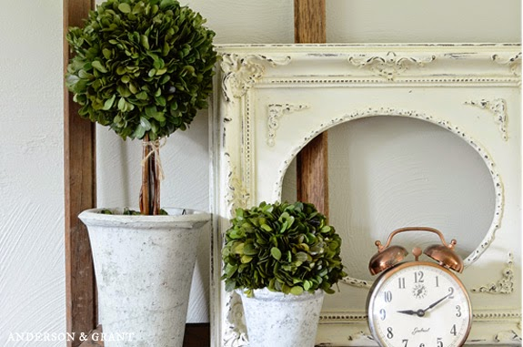 Decorating with Empty Thrift Store Picture Frames | www.andersonandgrant.com