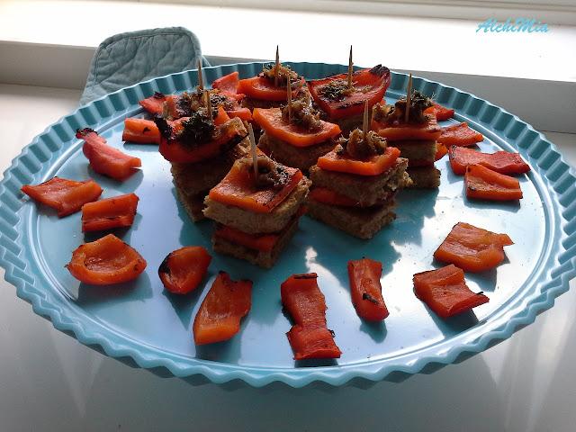 coriandoli di peperoni in salsa di alici