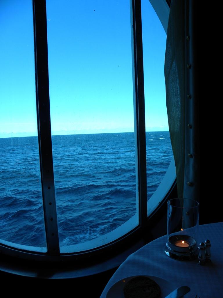 Ocean Liners Restaurant - Celebrity Constellation on Vimeo