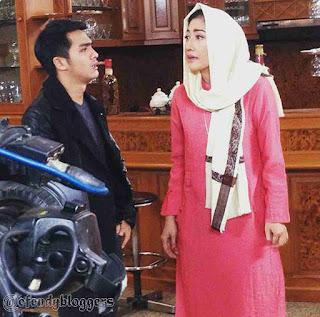 Foto Pangeran SCTV dengan Ibunya