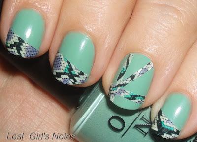 snake print manicure nail art sally hansen strips