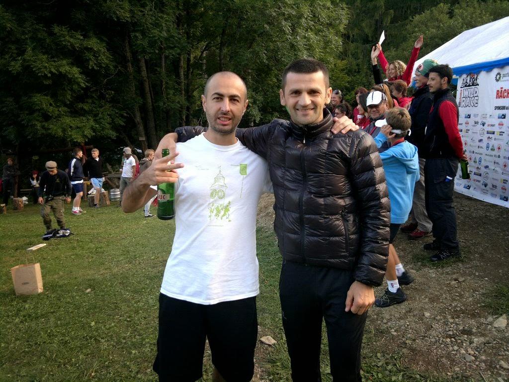 Runsilvania WILD RACE. Competiţie de alergare montană, gulaş, bere şi Răchiţele. O excursie frumoasă la munte. Florin Chindea şi Sebastian Butcovan