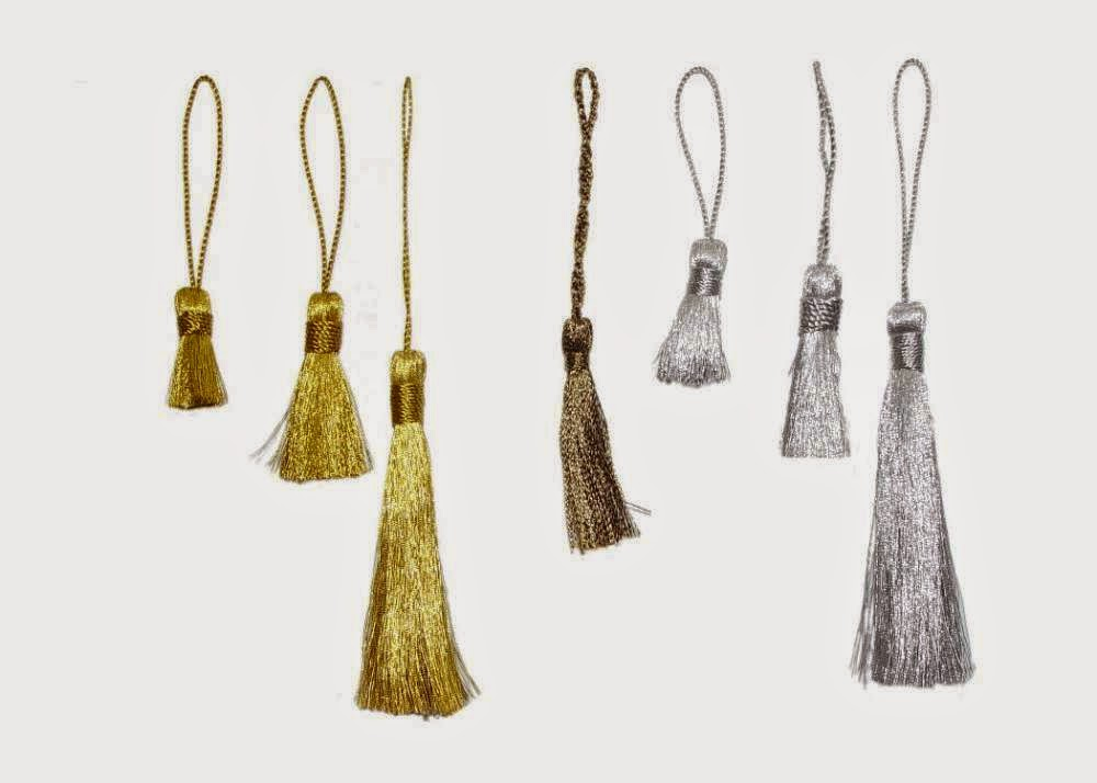Stylish and eyecatcher accessories for curtains for Accessoires de salon