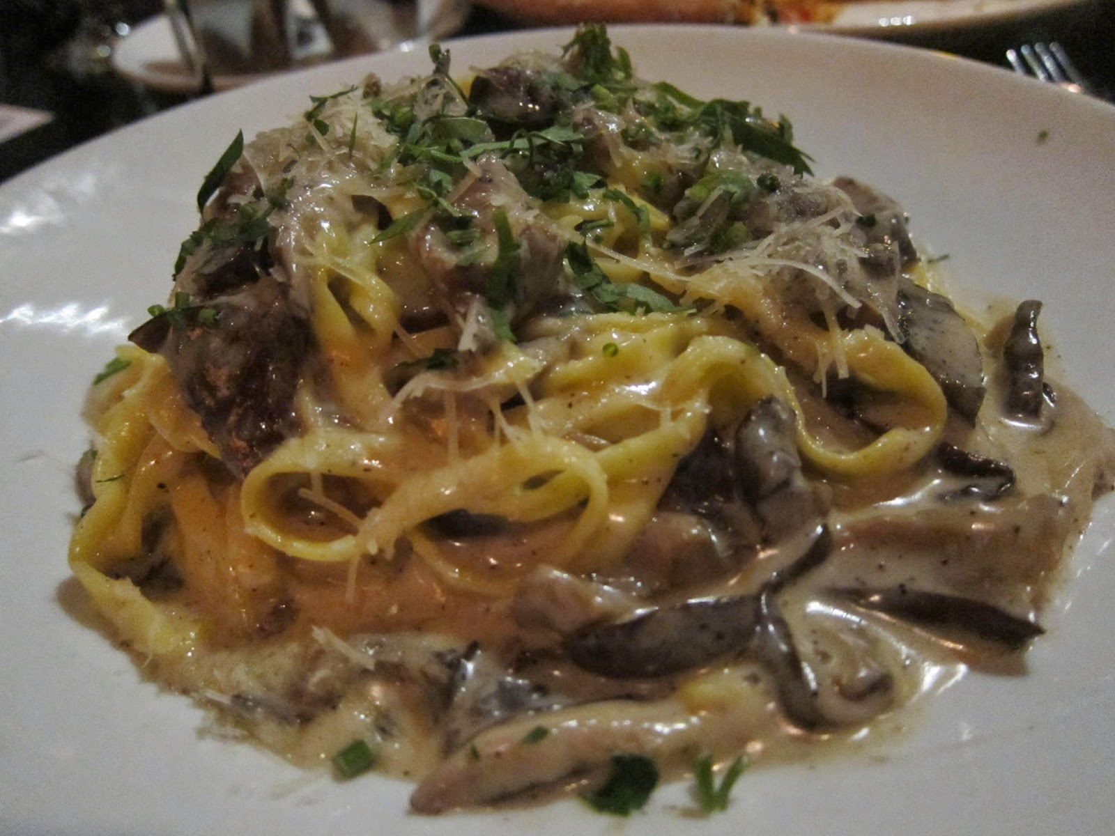 Linguine with black truffle cream and mushrooms at Orta | The Economical Eater