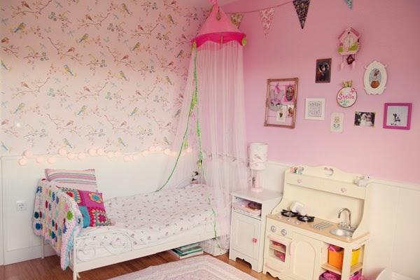 Puerta al sur habitaci n en rosa para una ni a for Habitacion nina 3 anos