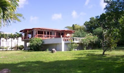 BAREFOOT VILLA (Olveston) - 3 bedroom, 2 bath villa; private pool with mountain and ocean views