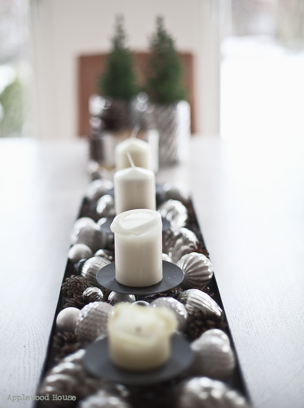 Kerzen Adventsgesteck kugeln tisch deko applewood house