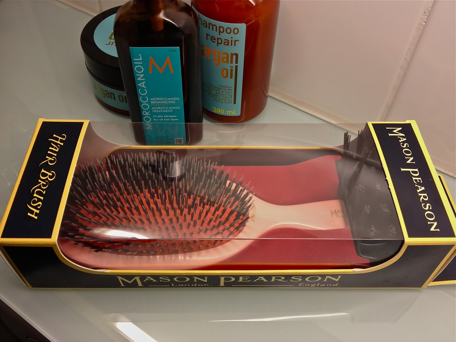 how to clean hair brushes after lice