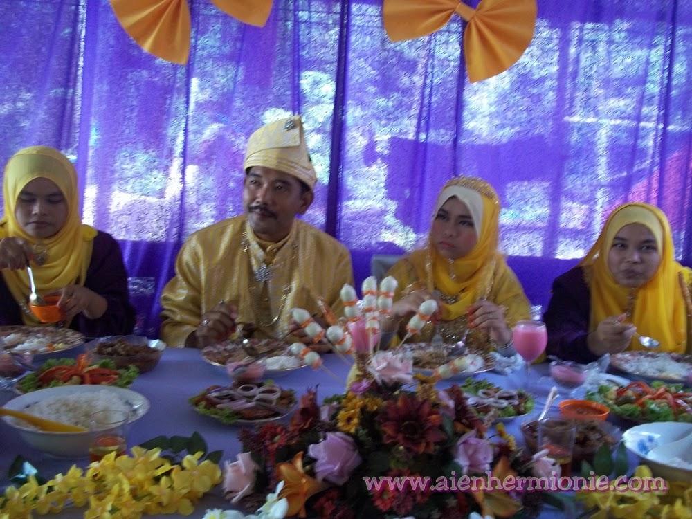 gambar majlis perkahwinan mak su aien PART 3