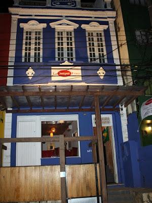 Le Pompon Rouge: Fachada (foto retirada do Facebook)