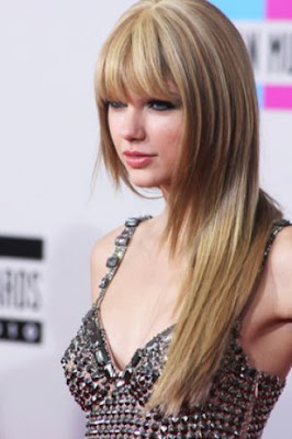 Taylor Swift Natural Hair, Long Hairstyle 2011, Hairstyle 2011, New Long Hairstyle 2011, Celebrity Long Hairstyles 2066