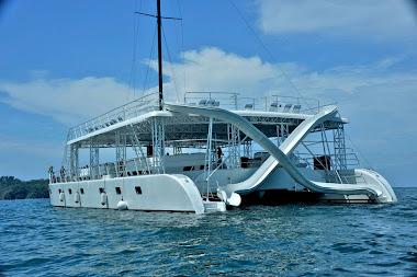 Catamaran Manuel Antonio Quepos