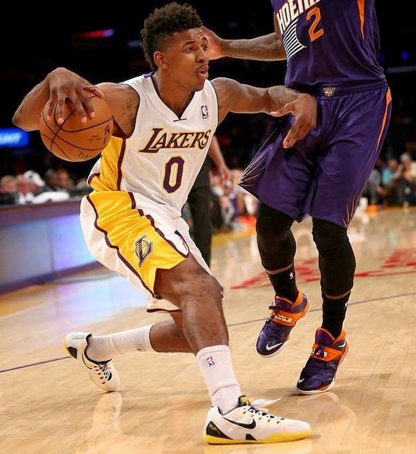 Nick Young Wearing Nike Kobe 9 EM Low Lakers Home Colorway Shoe (Images) 85280536b