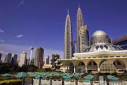2013 - Kuala Lumpur, Malaysia [HQ]