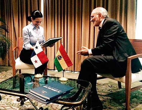 Carlos Mesa presume que fallo de La Haya en litigio Chile-Bolivia será en 2019
