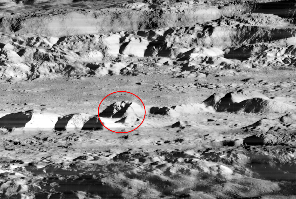 astronauts find structures on moon - photo #46
