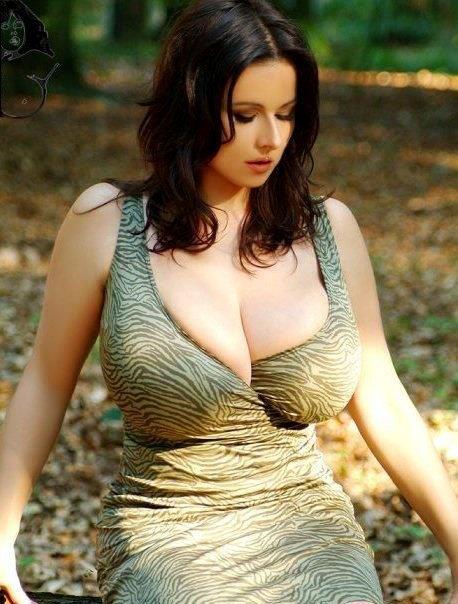 Сквиртнг видео грудью большой натуральной с