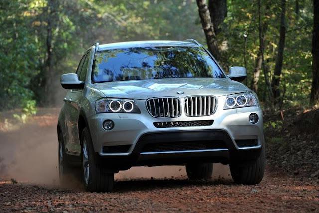 заднеприводный BMW X3 sDrive18d
