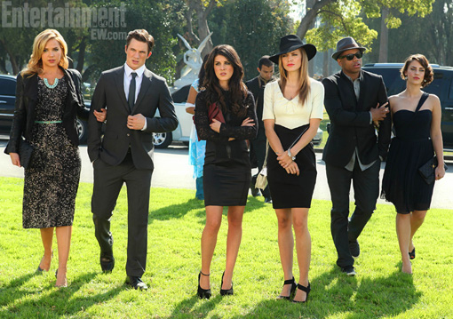 fashion of 90210, funeral fashion, annalynne mccord
