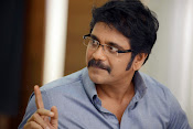 Manam movie stills latest photos-thumbnail-19