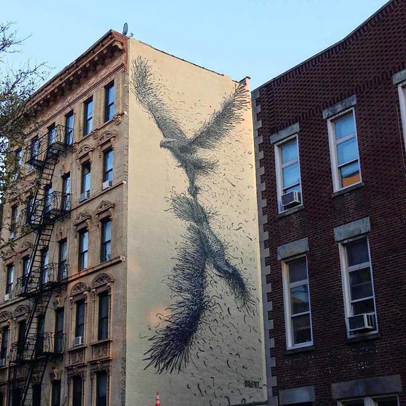 Murales compuesto de frenéticas líneas por DALeast