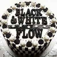 Download Album FLOW - Black & White