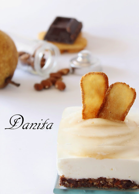 cheese cake con pavesini alle pere con chips di pavesini: votate la mia ricetta