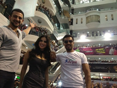 Sunny Leone at Mall