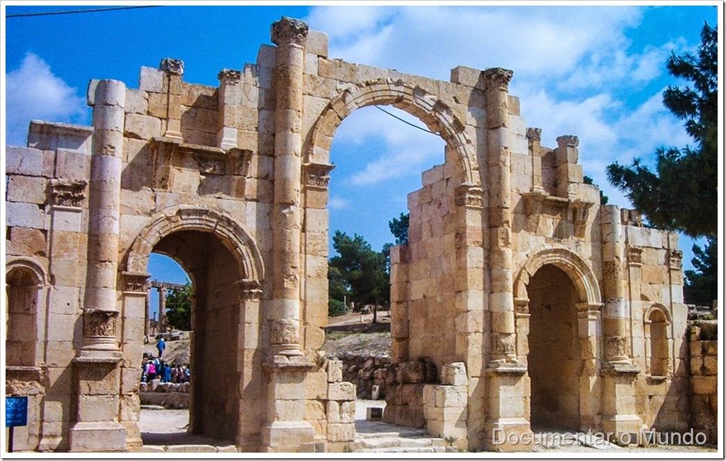 Arco de Adriano; Adrian's Arch; Jerash