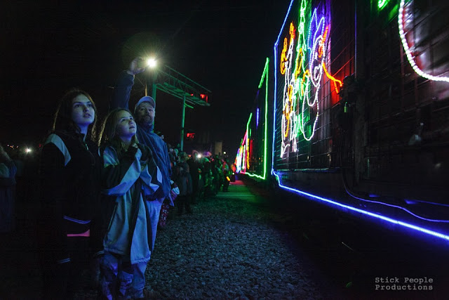 2015 Canadian Pacific Holiday Train - Stick People Productions, Kelly Doering, Photographer