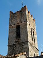El campanar de l'església de Sant Julià d'Alfou