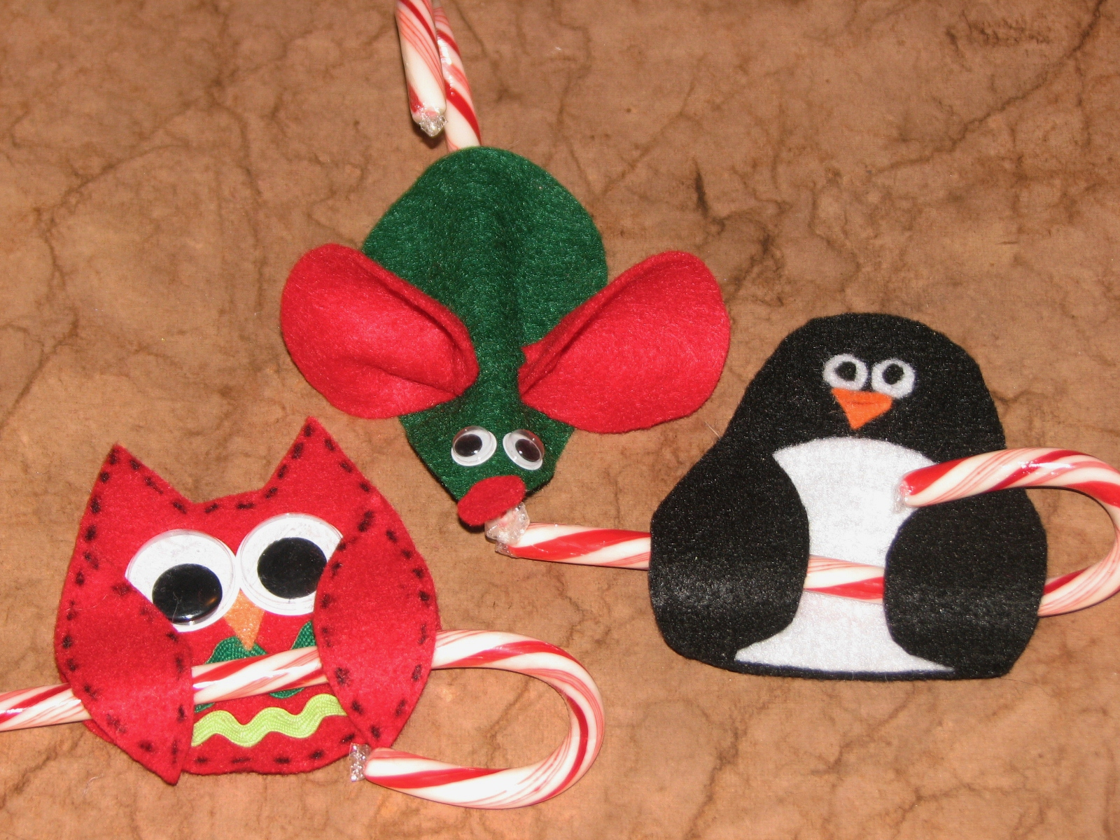 25 ideas for the holidays 12 13 amp 14 candy cane holders amp patterns