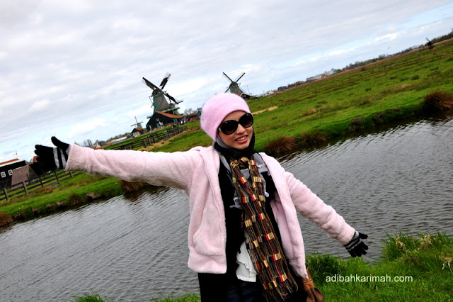 From holland now going to guangzhou china for free holiday from premium beautiful business