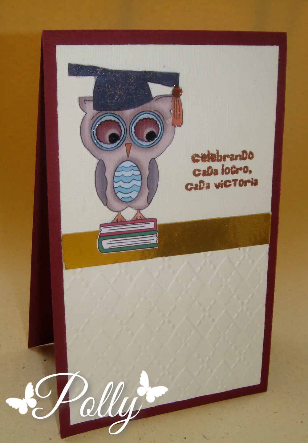 En julio me pidieron tres modelos de tarjetas de graduación, muy