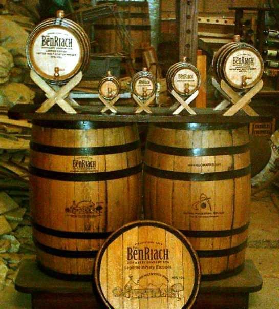 Barriles de Madera para Almacenar Whisky