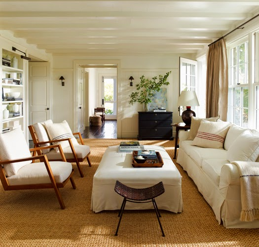 traditional East Hampton living room