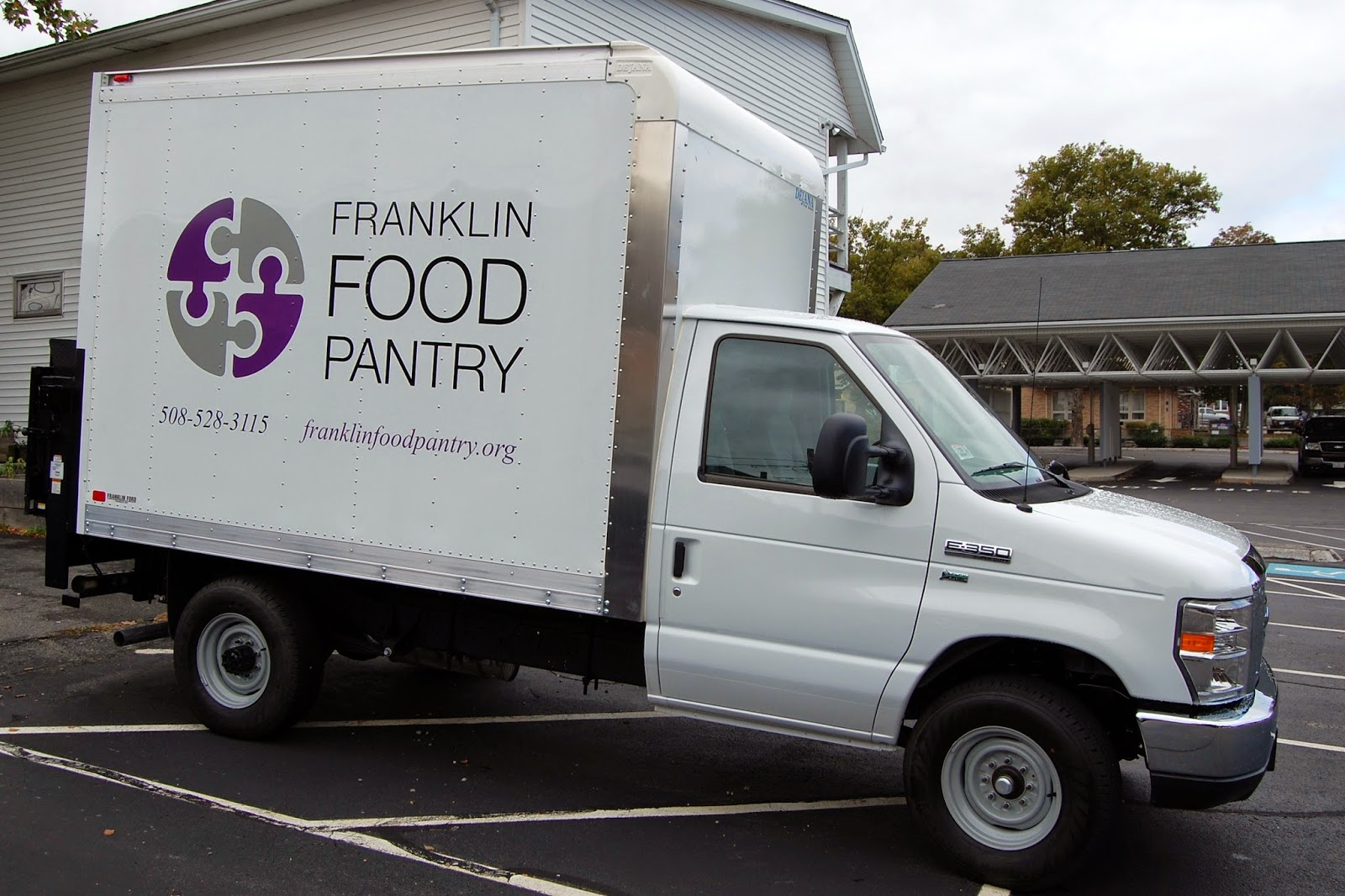 Franklin Food Pantry truck takes the Food Pantry to our neighbors