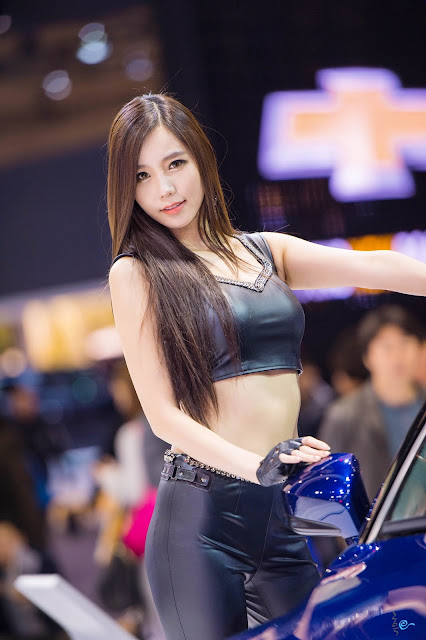 4 Lee Ji Min - Seul Motor Show - very cute asian girl-girlcute4u.blogspot.com