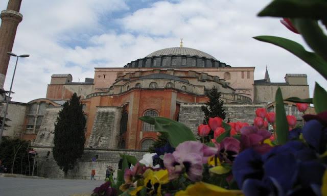 Hagia_Sophia.jpg
