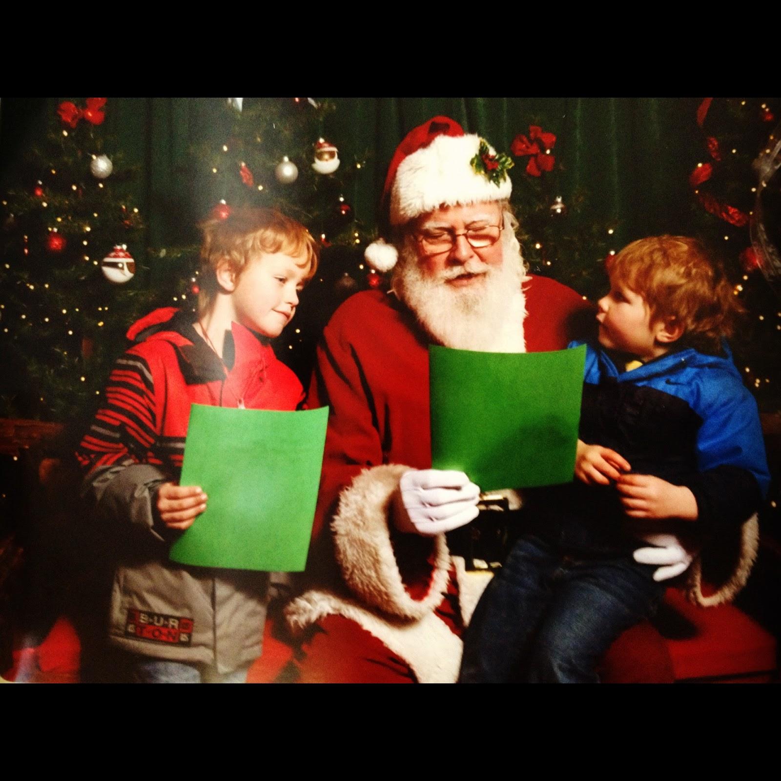 Stapleton Moms: Best Santa Sighting... At Denver Zoo Lights