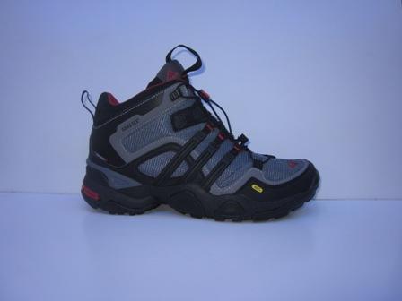 Toko Online Sepatu: Sepatu Adidas Gore-tex Buat Hiking