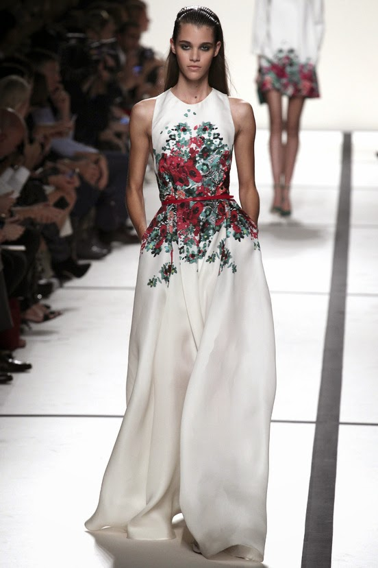 Mon bo miroir elie saab haute couture haute definition for Couture meaning
