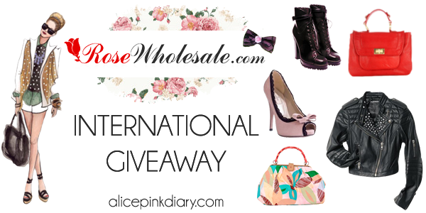 http://www.alicepinkdiary.com/2014/01/rosewholesale-international-giveaway.html