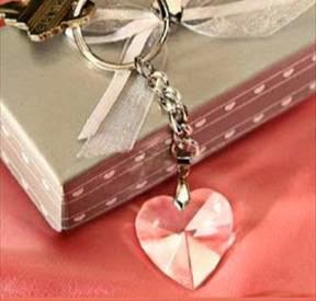 Presentes e lembrancinhas da festa de bodas de cristal