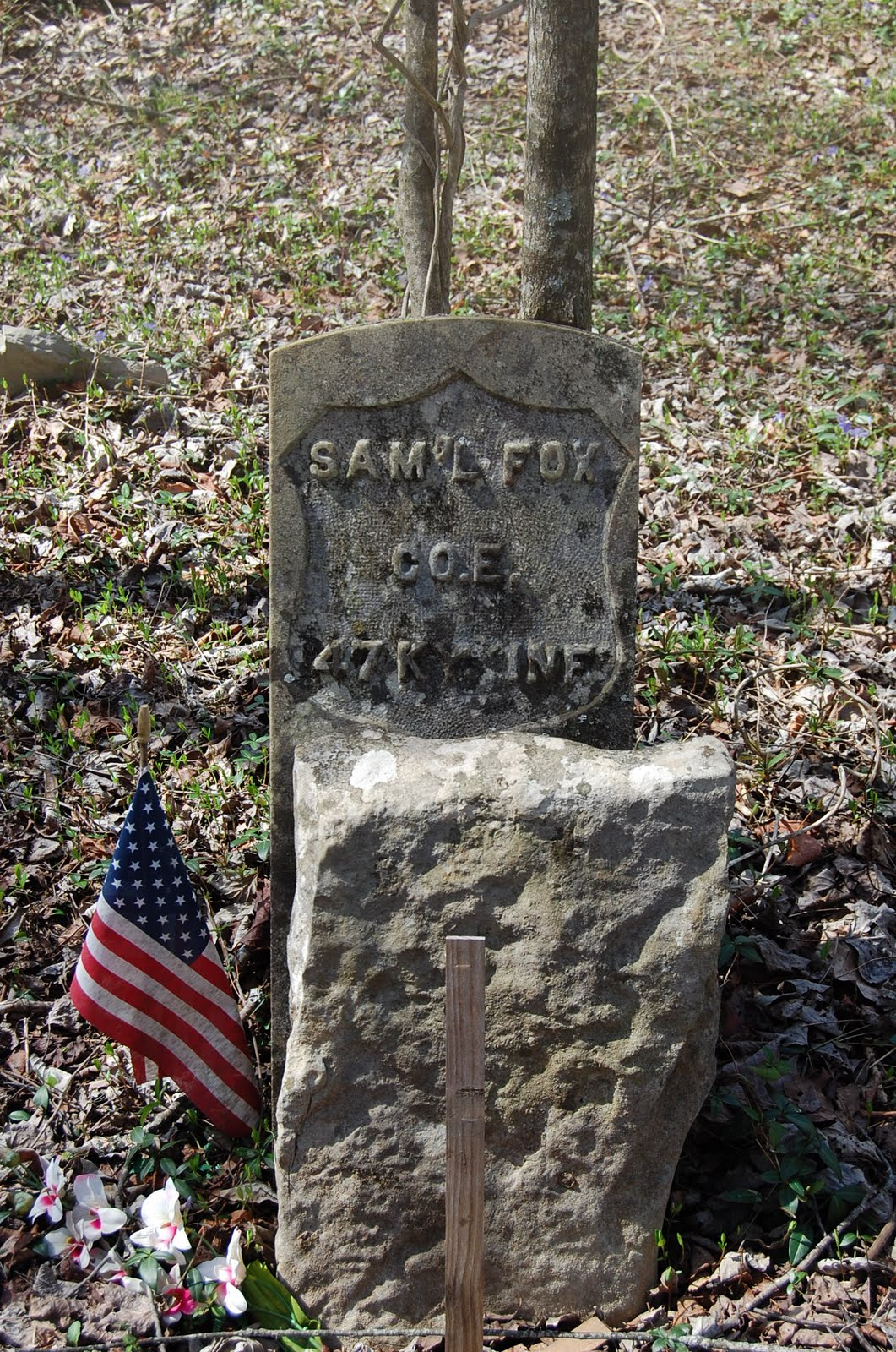 http://3.bp.blogspot.com/-AMeNviVY3BQ/TZ_BrYgeVdI/AAAAAAAAAJg/GhnJpak-_04/s1600/Headstone+-+Fox%252C+Sam%2527l+-+John+Reece+Cemetery.JPG