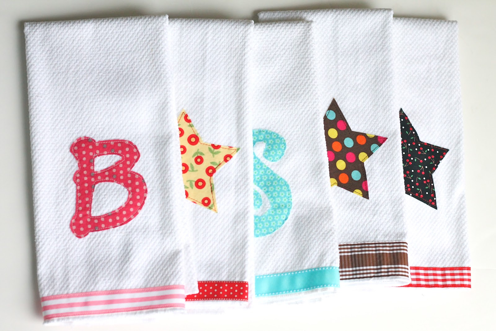 How to embellish hand towels diy welcometothemousehouse people just love personalized gifts and you can whip a bunch of these out in no time or hang them in your own bathroom or kitchen to make yourself feel solutioingenieria Choice Image